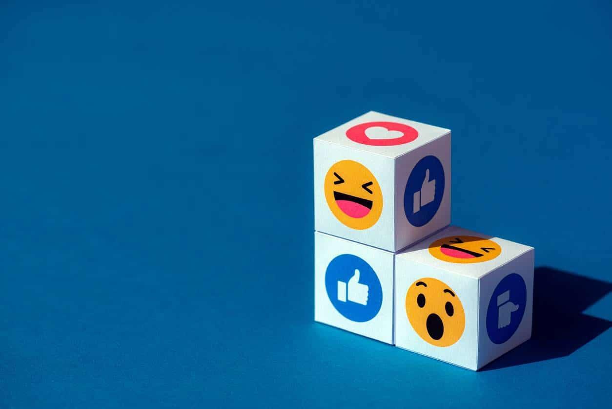 achat likes abonnés réseaux sociaux